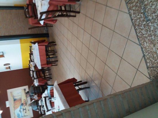 Mirandola, Italia: Ristorante pizzeria il fiasco