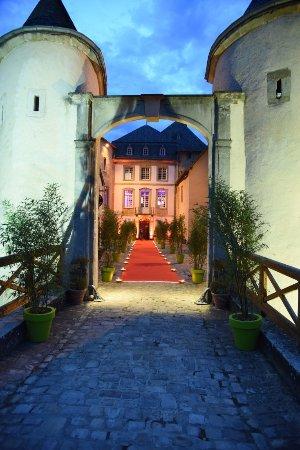 L'entrée du Château de Bourglinster