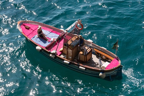 Blue Lizard Capri Boat Tour