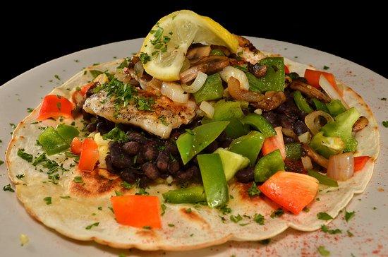 Cabo's Island Grill and Bar: Original  Fresh Fish Tostada