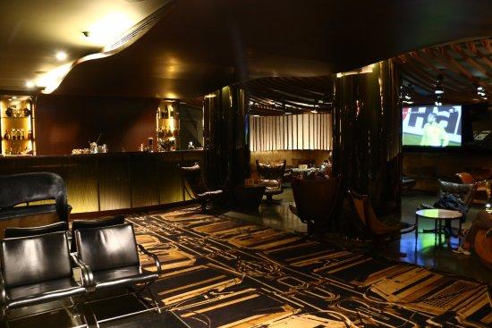 Hotel Teatro Porto : The bar