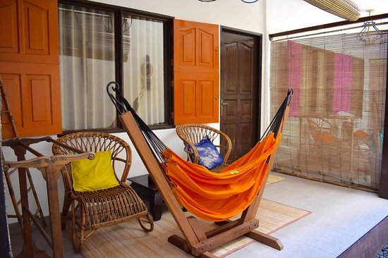 Pesona Beach Resort & Spa: Exterior Standard Twin Room