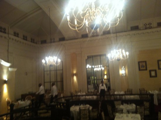 Royal Hotel: The restaurant and ballroom