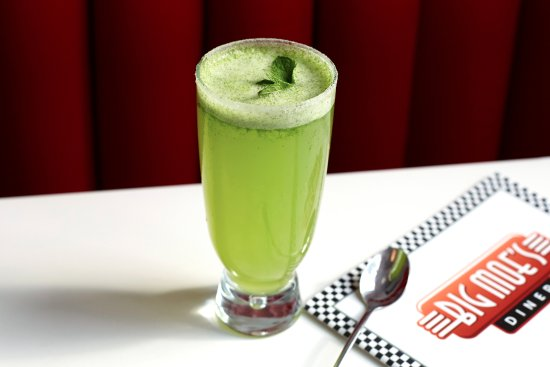Barking, UK: Mint lemonade