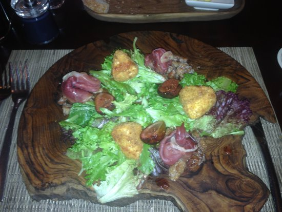 Woodstock, South Africa: Warm fig salad