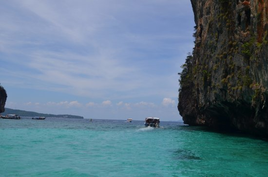 Ko Phi Phi Le, Tailandia: Exiting the Bay