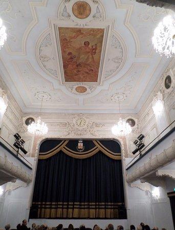 Teatro Tullio Serafin
