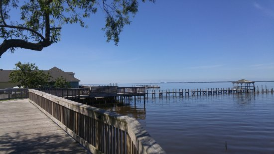 Duck, NC: small section of the boardwalk