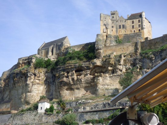 Beynac-et-Cazenac, ฝรั่งเศส: le château de Beynac vu de la Dordogne