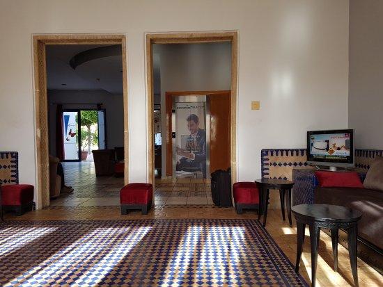 Ibis Tanger Free Zone hotel : 20170518_085632_large.jpg