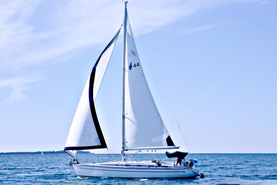 Sailing Day Tours