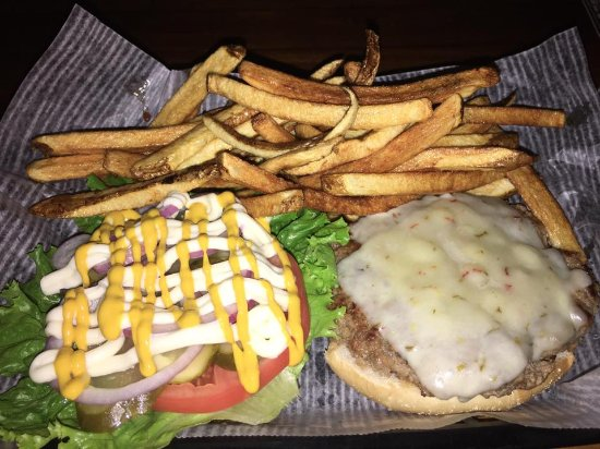 Wilkesboro, Carolina del Norte: Incredible Burgers!