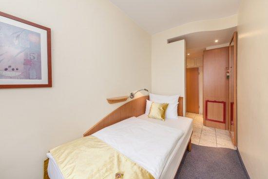 Quality Hotel Ambassador Hamburg Ab Chf 92 C̶h̶f̶ ̶1̶2̶0̶