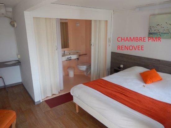 p 39 tit dej hotel saintes recouvrance 1 tripadvisor. Black Bedroom Furniture Sets. Home Design Ideas