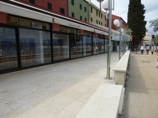 Hotel Beli Kamik: Nijvice 3 minute walk