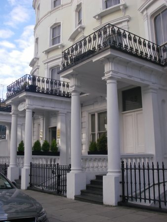 The Royale Chulan Hyde Park Hotel London Photo