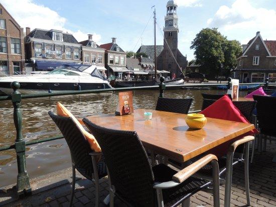 Lemmer, The Netherlands: Terras aan het water