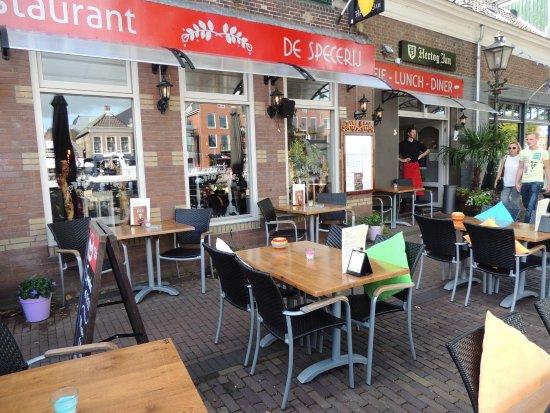 Lemmer, The Netherlands: Voorkant Restaurant