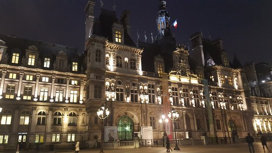 nuit picture of hotel de ville paris tripadvisor. Black Bedroom Furniture Sets. Home Design Ideas