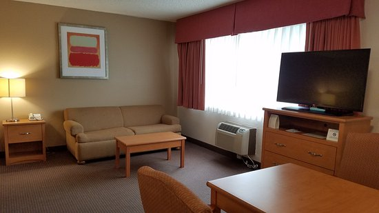 Best Western Aladdin Inn: Spacious, Clean, and Comfortable