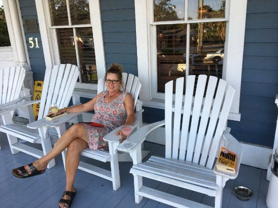 Gibson Inn: Enjoying the wrap around porch just outside the bar.