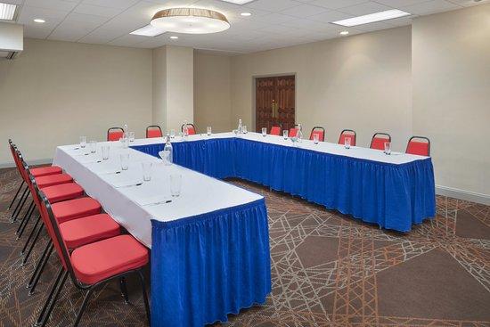 Beaver Falls, PA: Meeting & Catering Space