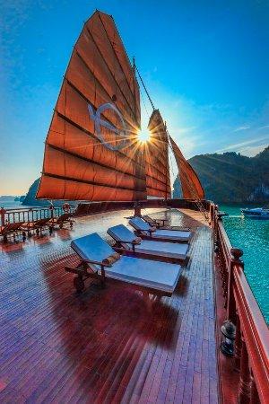 Magical Sunrise in Bai Tu Long Bay with Emperor Cruises Halong