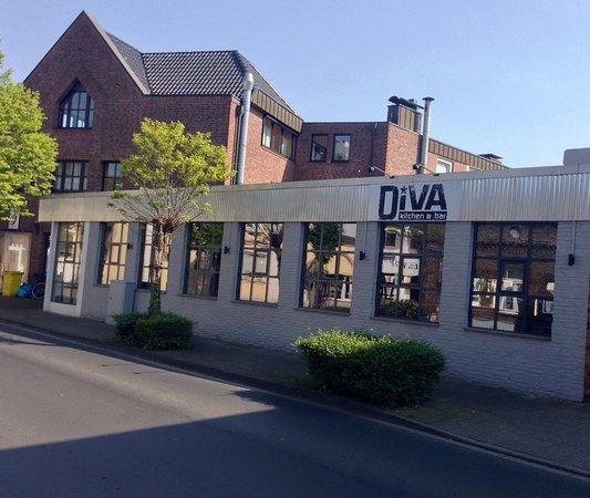 DIVA kitchen & bar: Außenansicht