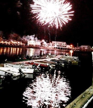 Stonington, ME : End of the Summer Fireworks Display