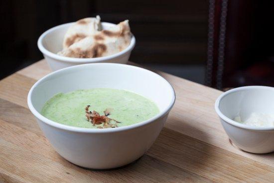 Staré Splavy, Česká republika: polévka jako hlavní jídlo - hráškový krém