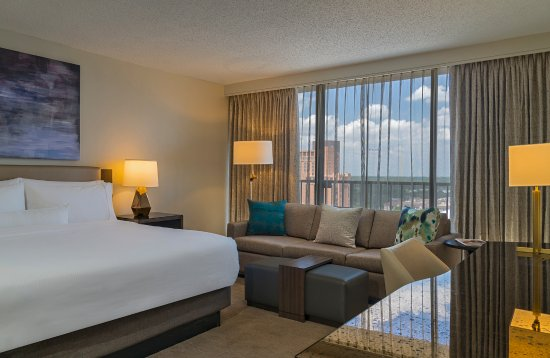 Westin Galleria Houston Hotel: Single King Bed Guest Room