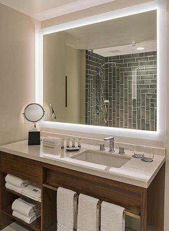 Westin Galleria Houston Hotel: Bathroom