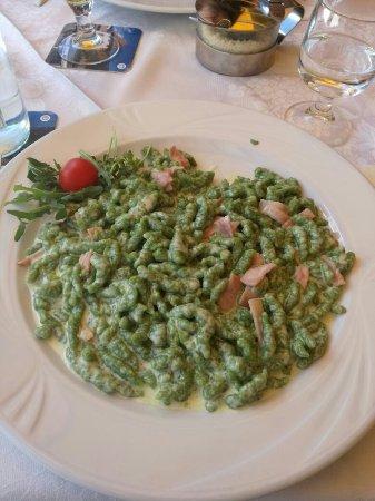 photo0.jpg - Picture of Ristorante Pizzeria Terrazza, Ortisei ...