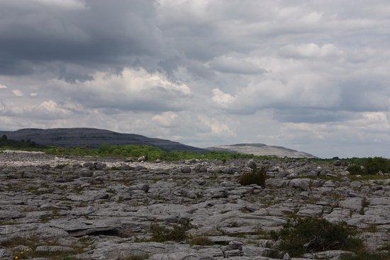 Corofin, Ireland: Hills