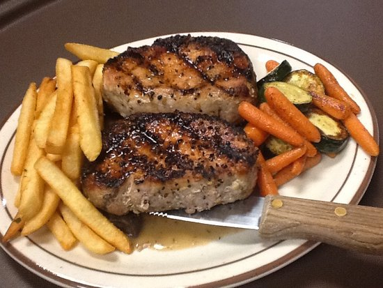 Nekoosa, WI: Twin Pork Chops