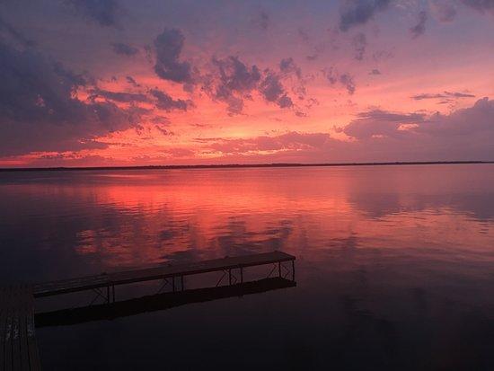 Nekoosa, WI: Beautiful Sunsets On Lake Petenwell From Every Window