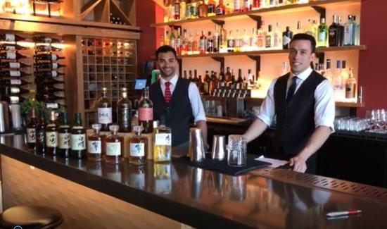 Pleasanton, CA: Bar team at Sabio