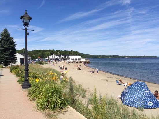 Lincolnville, ME: The beach, a great place to be today,steps away from our front porch.Grab your beach towel and b