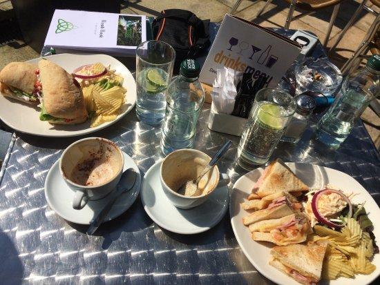 Hooked Restaurant Sligo / Bistro-Style Caf & Diner in Sligo