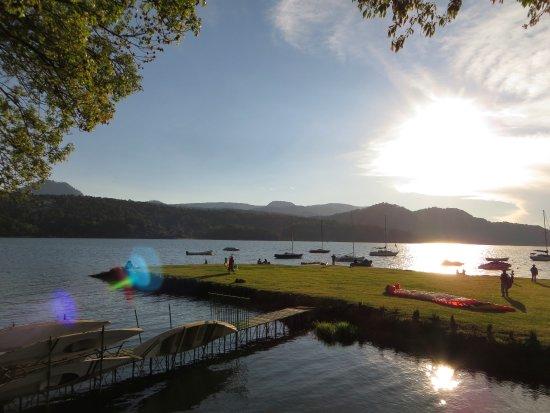 Cabanas del Lago Photo