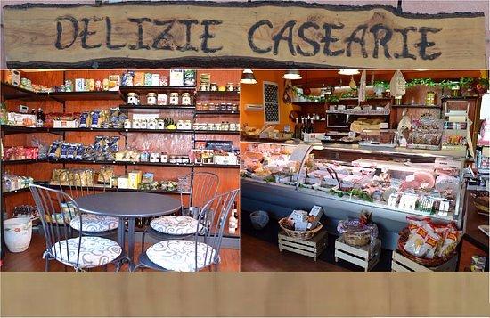 Piedimonte Etneo, Italia: Delizie Casearie: ogni qual volta si voglia fare un pit stop di qualità!