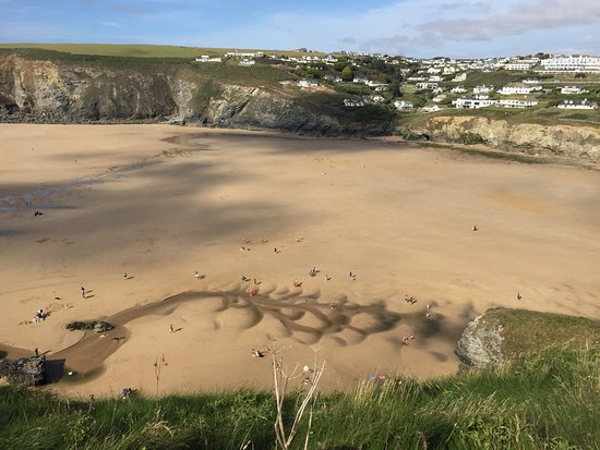 Mawgan Porth, UK: The view from the end of the natural pool