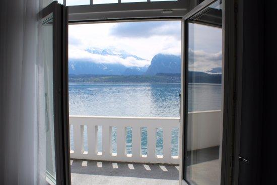 Hilterfingen, Szwajcaria: Aussicht Panorama Zimmer und Junior Suite