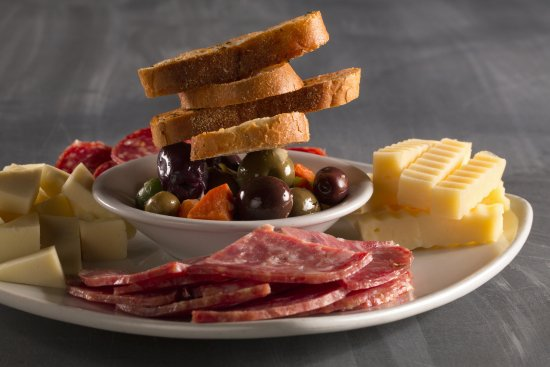 Strongsville, OH: ANTIPASTO PLATE