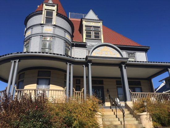 Meyersdale, Pensylwania: The Levi Deal Mansion
