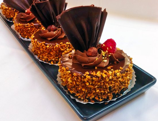 Willow Cakes & Pastries: Nutella Cheesecake