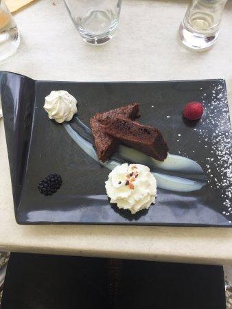 Navarrenx, Frankrijk: Restaurant Le Commerce