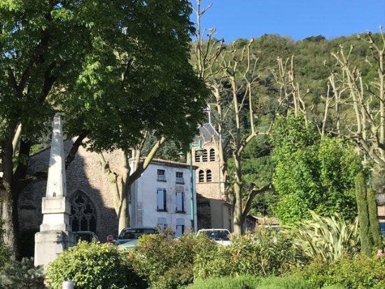 Lignan-De-Bordeaux, فرنسا: Tournon