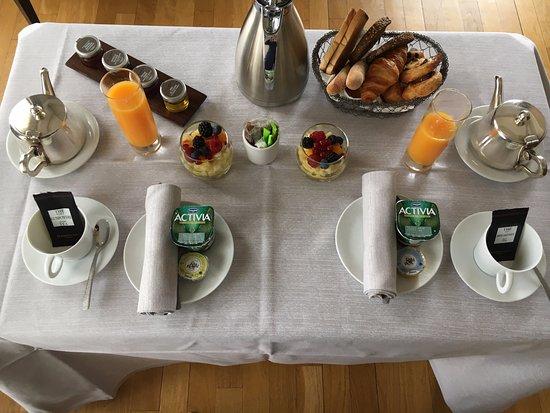 Villa Florentine: Petit Déjeuner dans la chambre