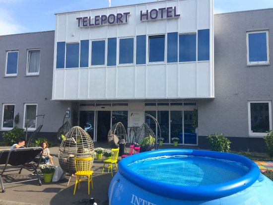 Amsterdam Teleport Hotel Reviews
